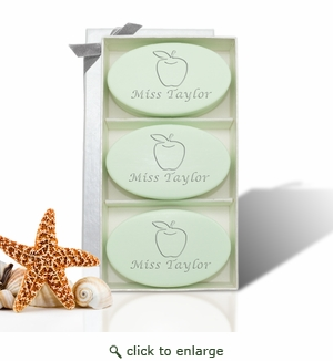 SIGNATURE SPA TRIO GREEN TEA: Apple For Teacher