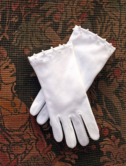Communion Girls Gloves-with or with-out pearls