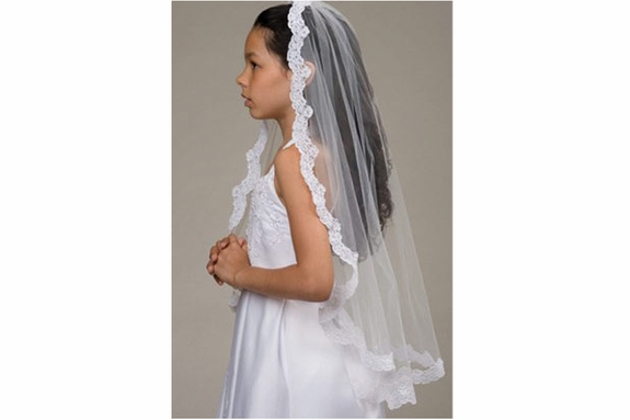 Communion Mantilla -Timeless -1322- Lace imported from france;