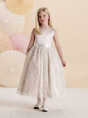 Joan Calabrese *214381* Sleeveless satin and lace on tulle tea with jewel neckline