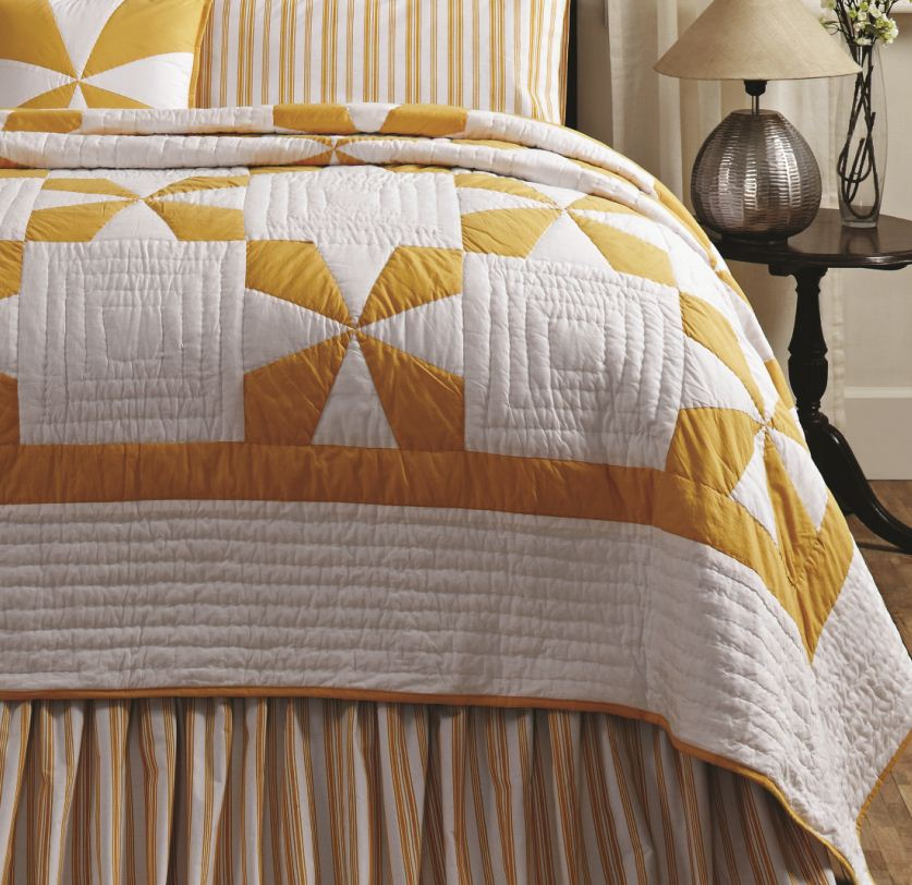Catalina Country Star Yellow Patch Quilt