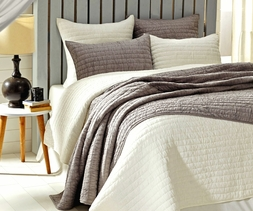 Chic Ruched White or Grey Quilt Set