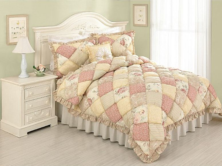 Country Pink Puff Quilt Set