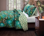Green Tiki Hut Beach Quilt Set