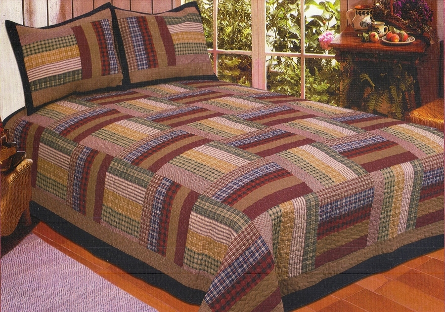 Six Bars Plaid Cabin Quilt Set