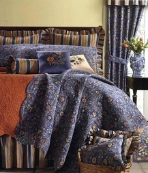 Wakefield Indigo Quilt by Williamsburg