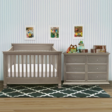 million dollar baby 3 piece nursery set foothill 4 in 1 convertible crib 6 drawer dresser and. Black Bedroom Furniture Sets. Home Design Ideas