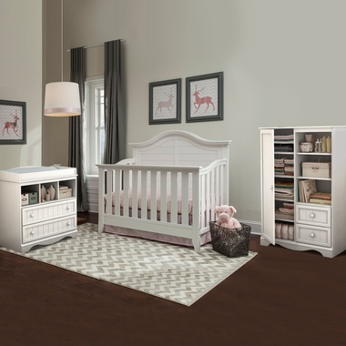 Thomasville Southern Dunes 3 Piece Nursery Set Lifestyle Crib Savannah Changing Table Door