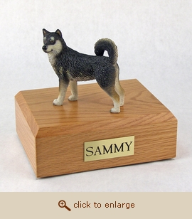Alaskan Malamute - Dog Figurine Wood Pet Urn