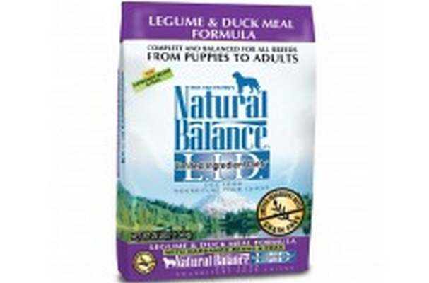 Duck And Legume Dog Food