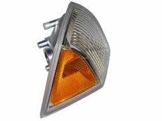 RIGHT SIDE PARK TURN SIGNAL LAMP