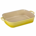 Le Creuset Signature 7 Quart Cast Iron Roaster, Soleil Yellow