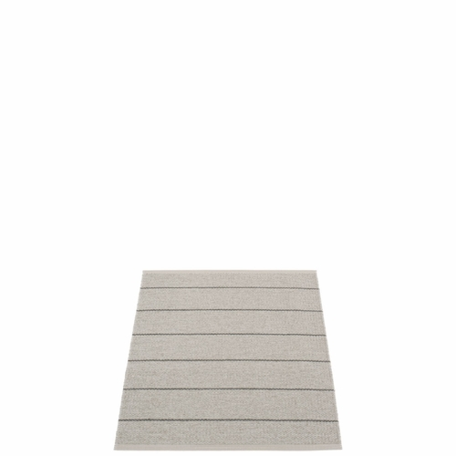 Pappelina Carl Plastic Rug - Warm Grey with Reverse in Fossil Grey, Stripes in Charcoal, 2 1/4' x 3'