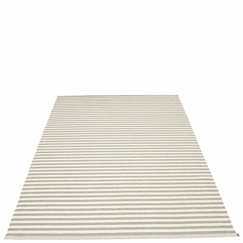 Duo Plastic Rug - Warm Grey/Vanilla, 6' x 9 3/4'