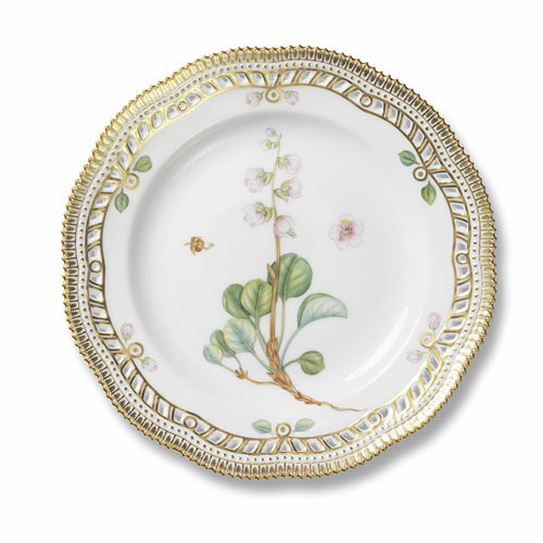 Flora Danica Dinner Plate with Open Border