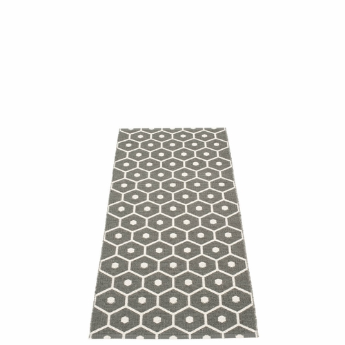 Honey Plastic Rug - Charcoal/Vanilla, 2 1/4' x 5 1/4'