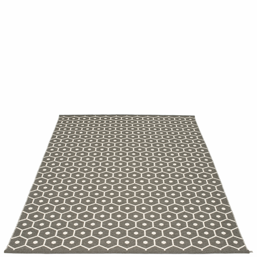 Honey Plastic Rug - Charcoal/Vanilla, 6' x 8 1/2'