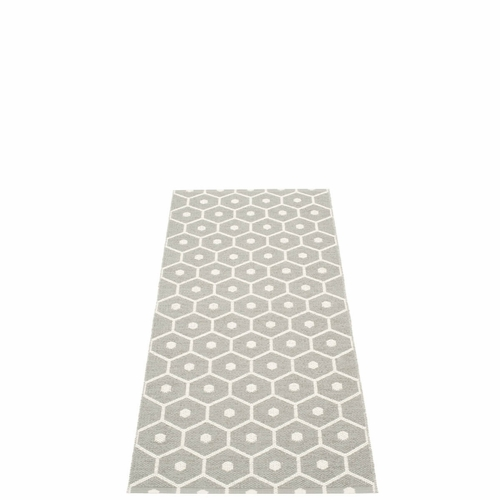 Honey Plastic Rug - Warm Grey/Vanilla, 2 1/4' x 5 1/4'