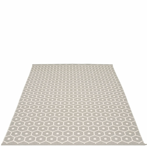 Honey Plastic Rug - Warm Grey/Vanilla, 6' x 8 1/2'