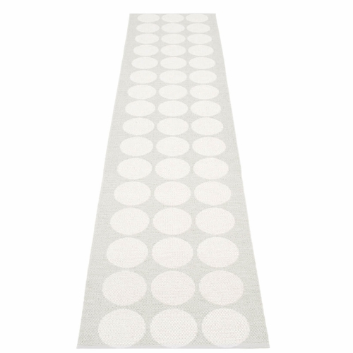Hugo Plastic Rug - White Metallic/Fossil Grey, 2 1/4' x 10 1/2'