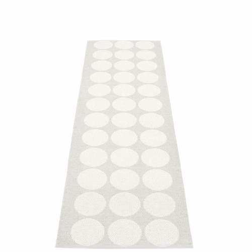 "Hugo Plastic Rug - White Metallic/Fossil Grey, 27"" x 96"""