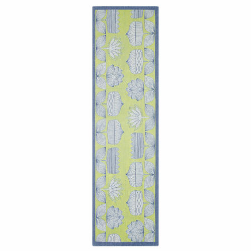 Isabella Table Runner (14 x 47 inches)