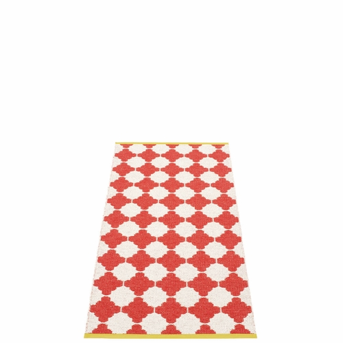 Pappelina Marre Plastic Rug - Coral Red/Vanilla, 2 1/4' x 5'