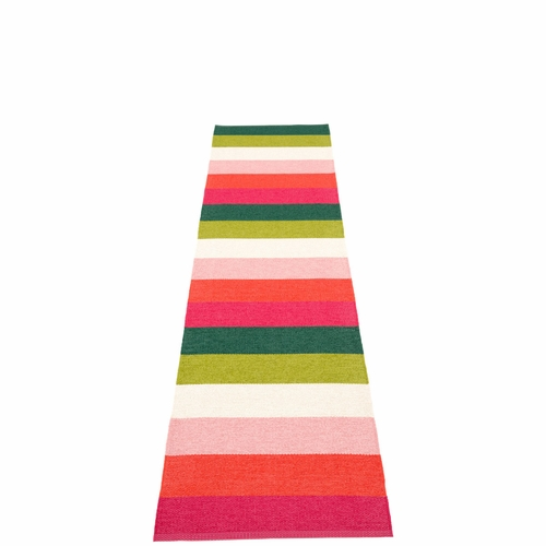 Molly Plastic Rug - Princess, 2 1/4' x 9 3/4'