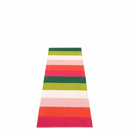 Molly Plastic Rug - Princess, 2 1/4' x 6 1/2'