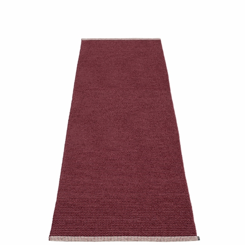 Pappelina Mono Plastic Rug - Zinfandel/Rose Taupe, 2 3/4' x 8 1/2'