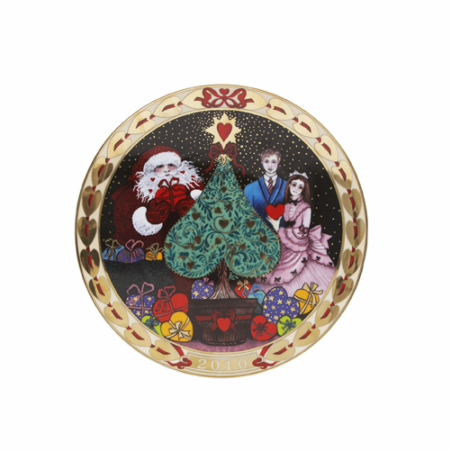 SOLD OUT: 2010 Royal Copenhagen Hearts of Christmas Plate 5th Edition