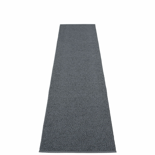 Svea Plastic Rug - Granite/Black Metallic, 2 1/4' x 10 1/2'
