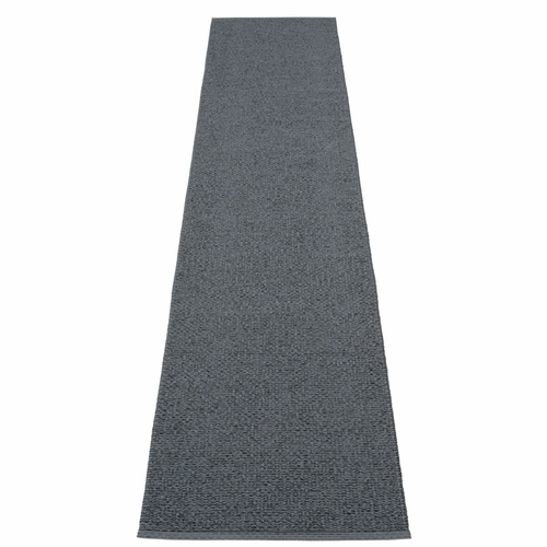 Svea Plastic Rug - Granite/Black Metallic, 2 1/4' x 13 1/4'