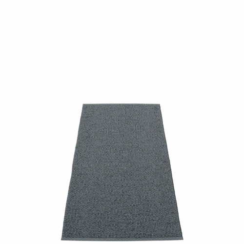 Svea Plastic Rug - Granite/Black Metallic, 2 1/4' x 5 1/4'