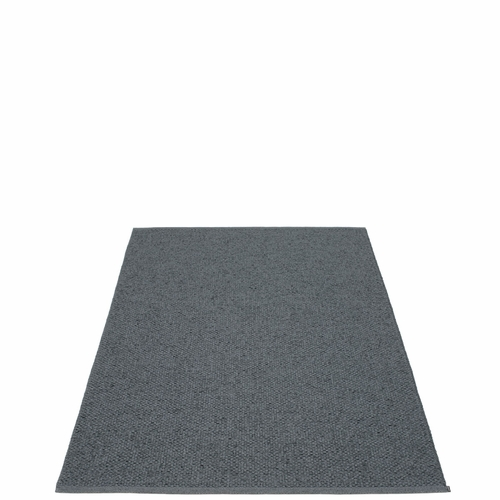 Svea Plastic Rug - Granite/Black Metallic, 4 1/2' x 7 1/4'