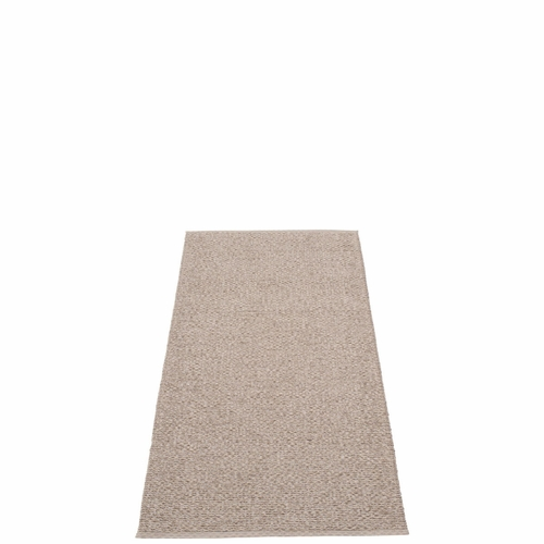 Svea Plastic Rug - Mud Metallic/Mud, 2 1/4' x 5 1/4'