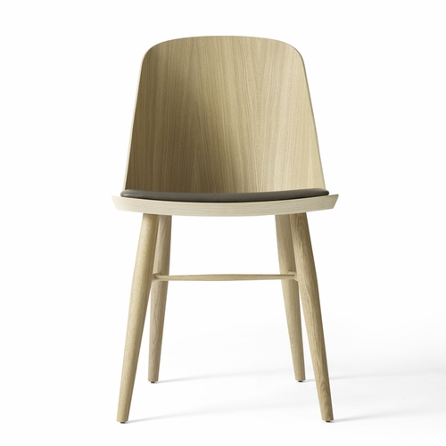 Menu Synnes Chair, Natural Oak, Carbon Grey Leather
