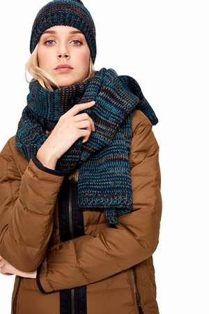 Lole Womens Reverse Knit Scarf Blue Nights