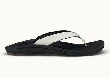 OluKai Womens Kulapa Kai White/ Black