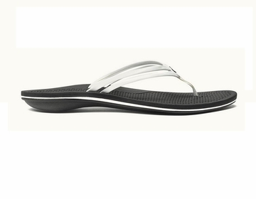 OluKai Womens Unahi White/ Black  (close out)