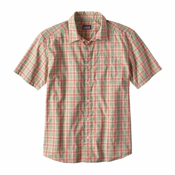 Patagonia Mens Fezzman Regular Fit Costa Small: Carve Coral