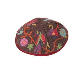 Hand Embroidered Kippah ( YAE- 10) CAT# YAE-10