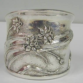 Sterling Silver Flowers Wine Holder