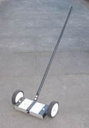 "12"" Magnetic Floor Sweeper"