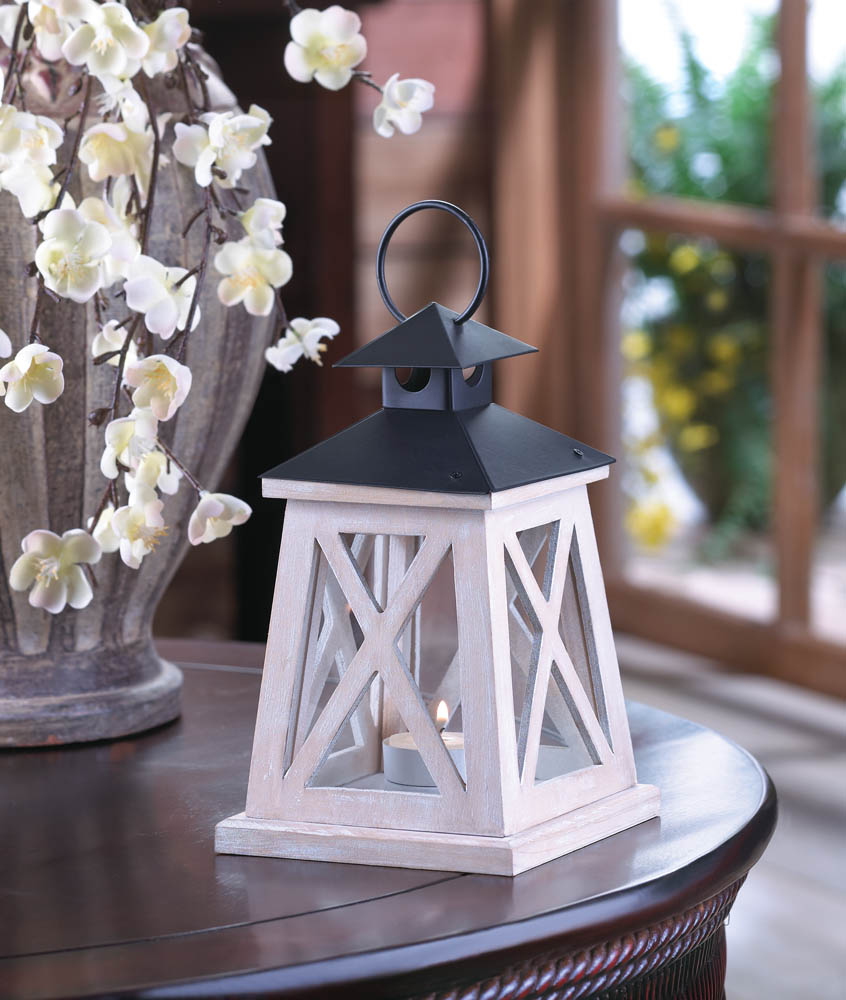 Colonial heights wood lantern at koehler home decor for Koehler home decor