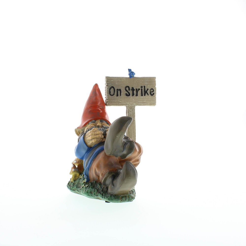 Gnome Garden: On Strike Garden Gnome Wholesale At Koehler Home Decor