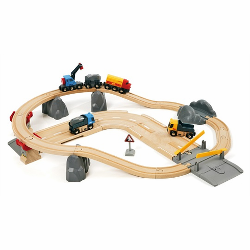 BRIO Railway - Rail & Road Quarry Loading Set