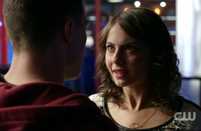 """02x12 """"Tremors"""" - Thea Evil Eye Necklace"""