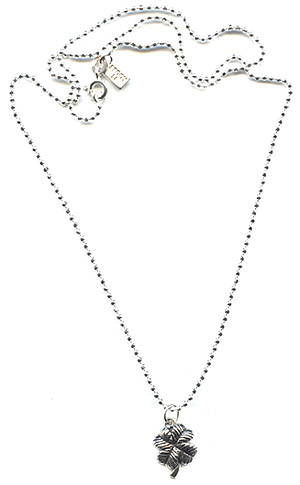Dazzling Lucky Clover Necklace