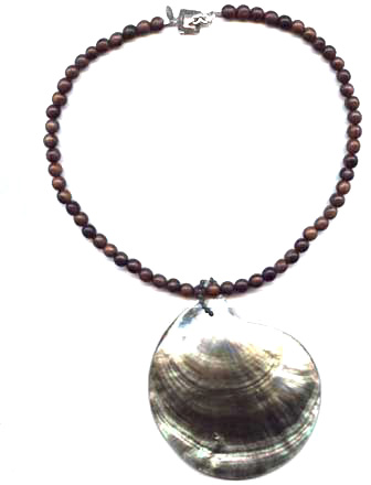 Super Shell Necklace